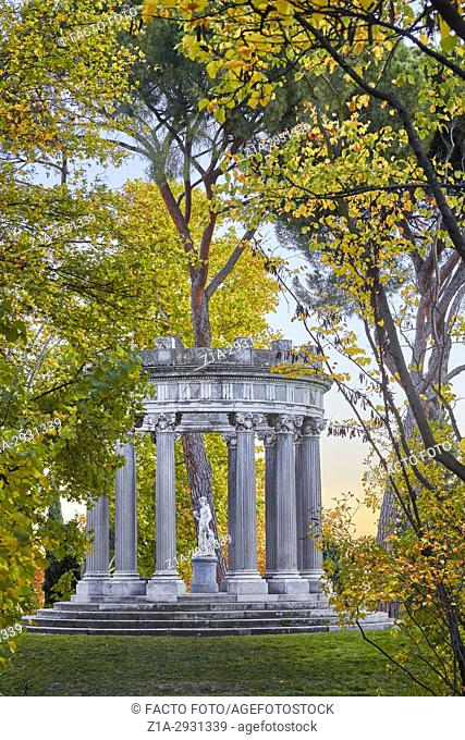 Autumn at the Capricho Park (The Folly). Madrid. Spain