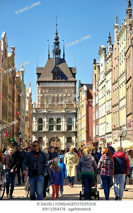 Gdansk Poland. The Old Town. West along main shopping street of Dluga to the Golden Gate and the Prison Tower rising behind