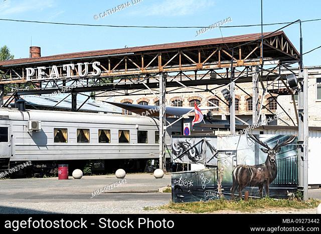 Estonia, Tallinn, trendy district, train carriage, restaurant