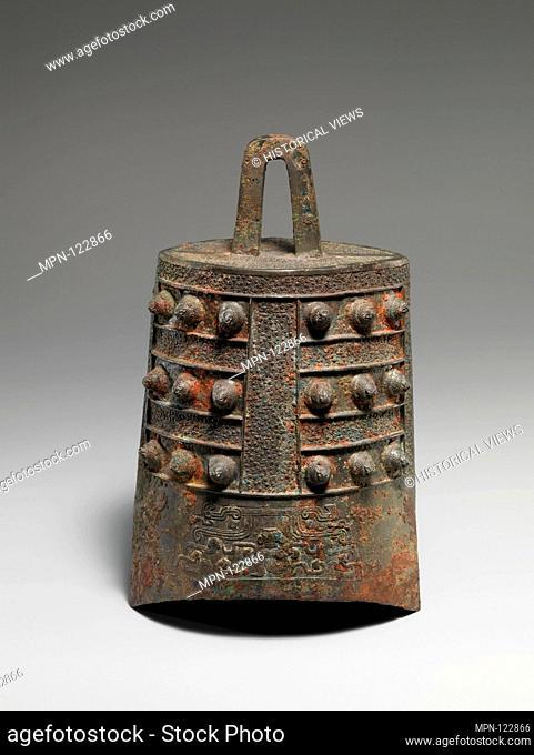 Niuzhong Bell. Period: Eastern Zhou dynasty, early Warring States period (475-221 B.C.); Date: 5th century B.C; Culture: China; Medium: Bronze; Dimensions: H:...