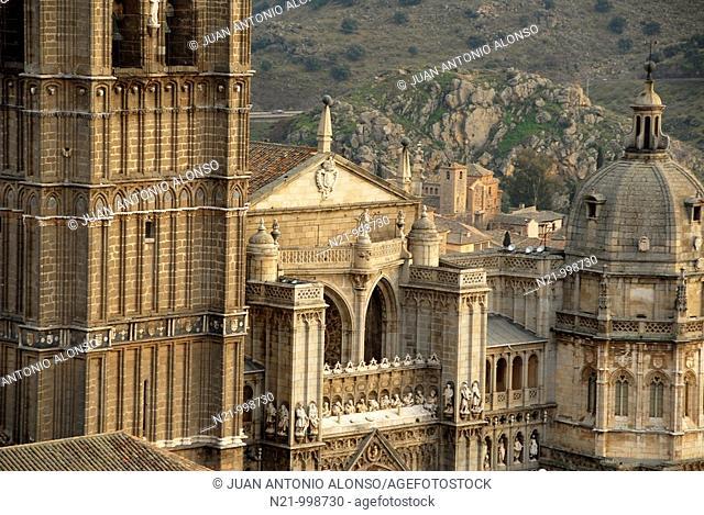 Partial view of the Catedral Primada. 13th to 15th centuries. Toledo, Castilla-La Mancha, Spain, Europe