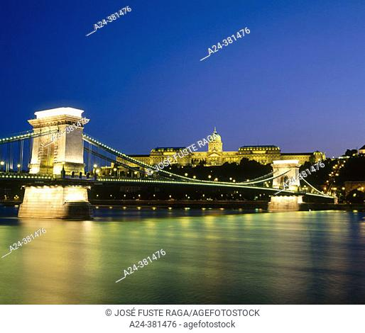 Chain Bridge and Royal Palace, Budapest. Hungary