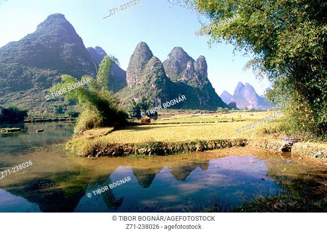 landscape. Li River area. Yangshuo. Guangxi province. China