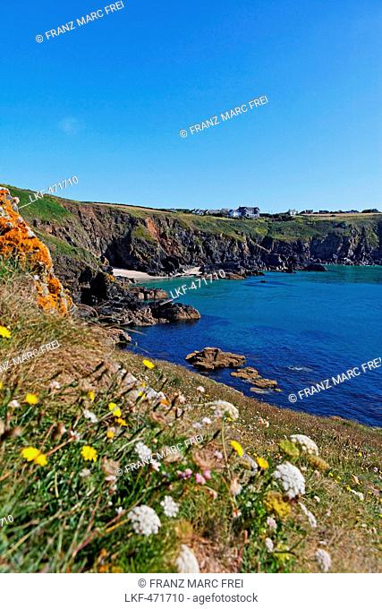 Housel Bay and Housel bay Hotel, The Lizard, Cornwall, England, Great Britain