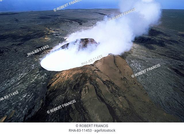 The Pulu O's cinder cone, the active vent on the southern flank of the Kilauea volcano, UNESCO World Heritage Site, Big Island, Hawaiian Islands