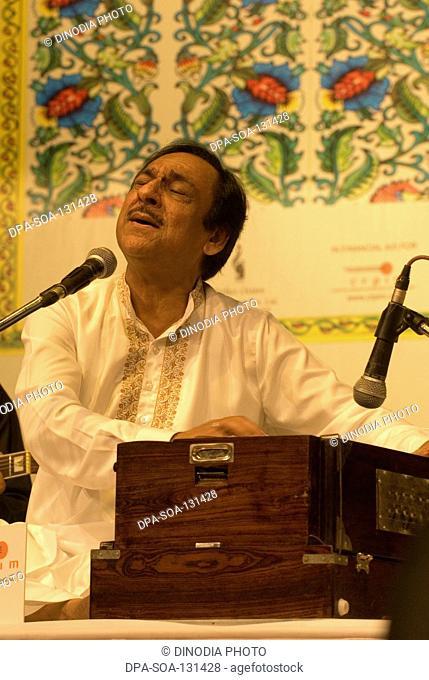 South Asian Indian ghazal singer Ghulam Ali performing in Mumbai Bombay , Maharashtra , India NO MR