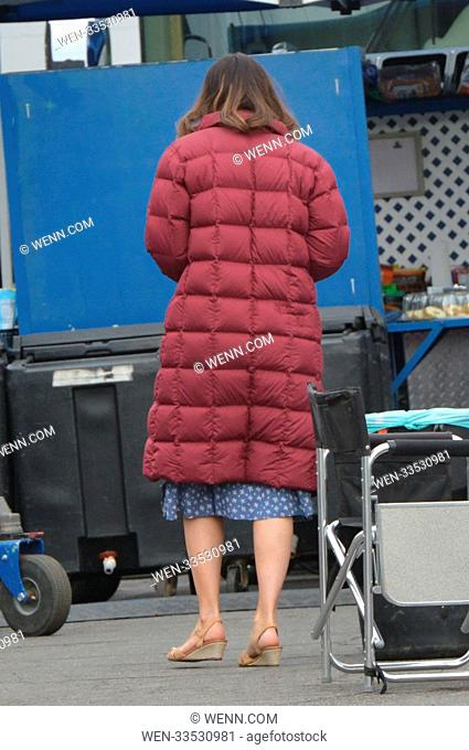 Mandy Moore takes a coffee break on the set of 'This Is Us' Featuring: Mandy Moore Where: Los Angeles, California, United States When: 03 Jan 2018 Credit: WENN