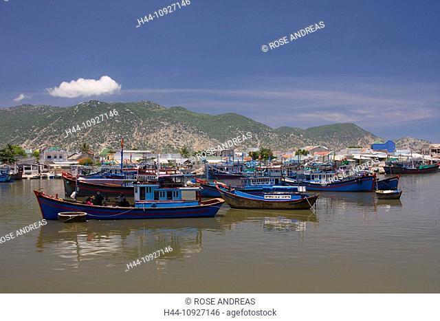 Asia, boats, Cana, Ca-Na, rock, cliff, rock scenery, fisherman, fishing boats, Hy, coast, coastal, scenery, coastal, sceneries, scenery, nature, South-East Asia
