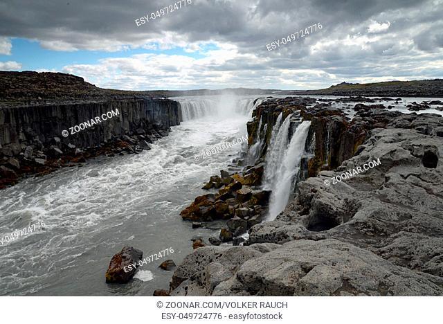 selfoss, island, wasserfall, fluss, kaskade, kaskaden, bach, bergbach, wildbach, natur, landschaft, gewalrtig, Jökulsárgljúfur, schlucht, canyon, grand canyon