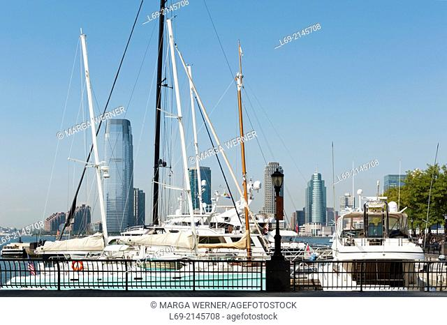 North Cove Harbor in front of World Fianancial Center, view on Jersey City, New York City, USA