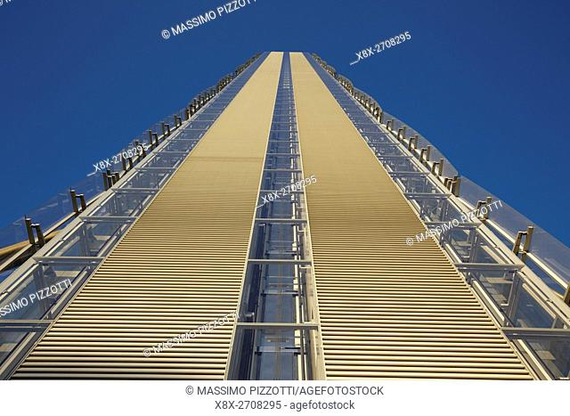 Isozaki tower in Milan, Italy