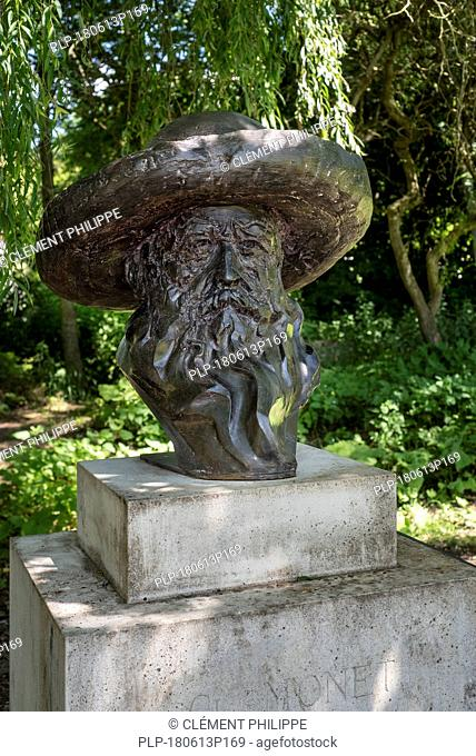 Bronze bust of Claude Monet, painter and founder of French Impressionist painting at Giverny, Eure department, Normandy, France