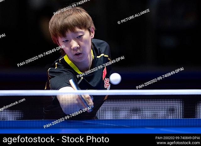 02 February 2020, Saxony-Anhalt, Magdeburg: Table tennis: German Open, women, singles, semi-finals, Ding (China) - Wang (China). Wang Manyu in action