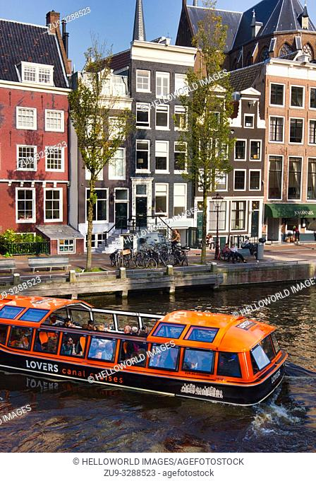 Lovers Canal cruises and typical Dutch architecture, Prinsengracht, Amsterdam, Holland, Europe