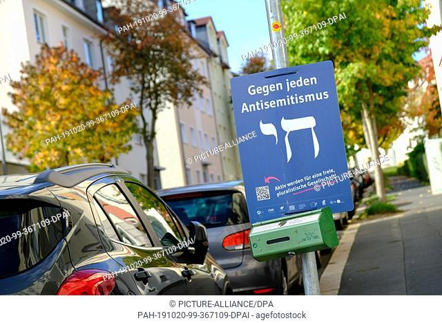 "17 October 2019, Hessen, Kassel: A poster of the Sara Walnut Center in Kassel's Südstadt turns """"Against all anti-Semitism"""""
