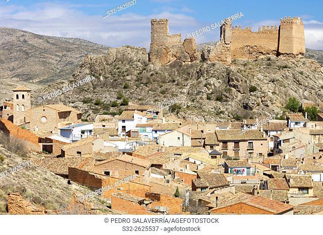 Arandiga village and castle, Zaragoza Province, Aragon, Spain