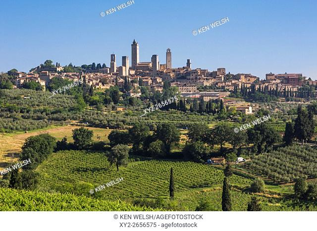 San Gimignano, Siena Province, Tuscany, Italy. Fields surrounding the medieval town famous for its towers. The historic centre of San Gimignano is a UNESCO...