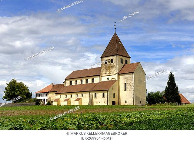 The old roman St. Georg church on the isle of reichenau, Baden-Wuerttemberg, Deutschland, Europa