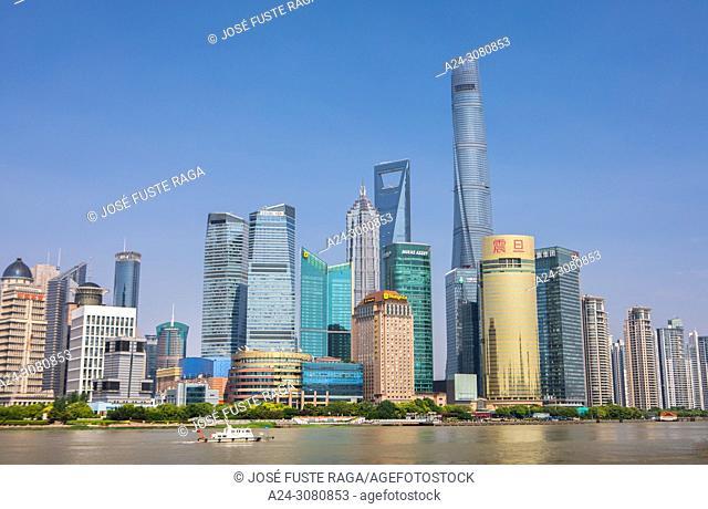 China, Shanghai City, Pudong District, Lujiazui Area, Huangpu river, Jin Mao Bldg. , World Financial Center and Shanghai Tower. Skyline