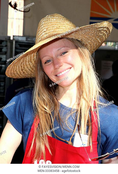 Los Angeles Mission Thanksgiving Meal For The Homeless Featuring: Marci Miller Where: Los Angeles, California, United States When: 23 Nov 2017 Credit:...