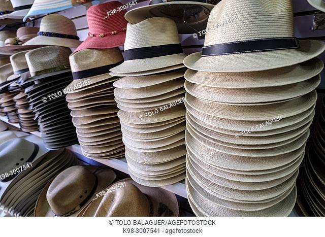 tienda de sombreros, Panajachel, lago de Atitlán, departamento de Sololá , República de Guatemala, América Central