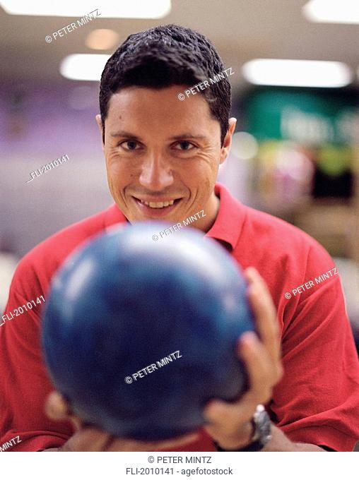 Fv5440, Peter Mintz; Man Aiming Bowling Ball