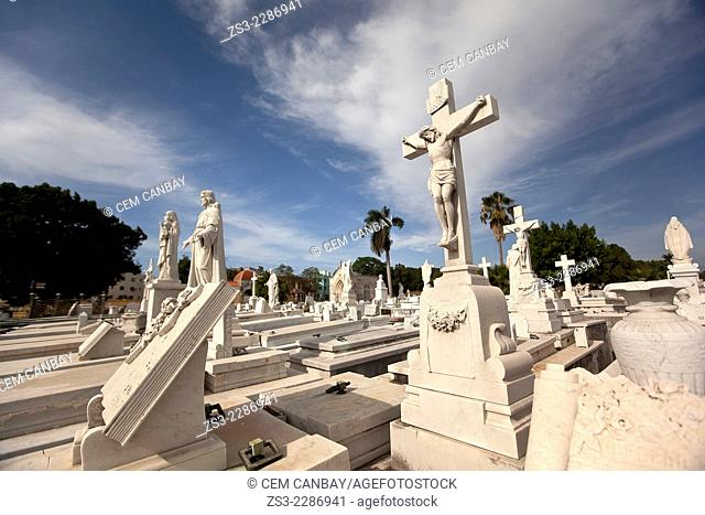 Marble statues and tombs in Necropolis Colon Cristobal Cemetery, Havana, Cuba, West Indies, Central America