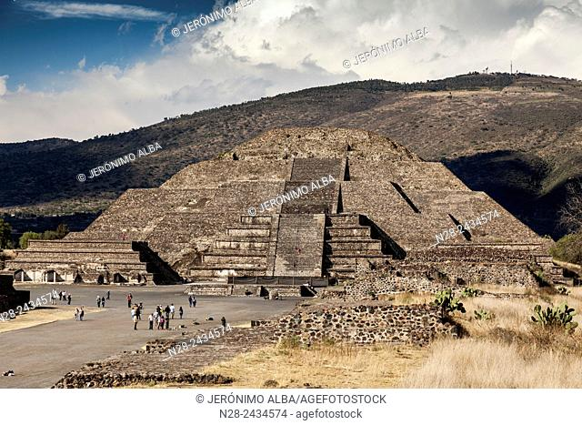 Pyramid of the Moon, Teotihuacan archaeological site, Unesco World Heritage Site, Mexico