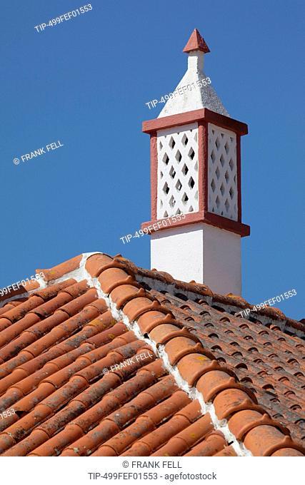 Europe, Portugal, Algarve, Alte, rooftop chimney