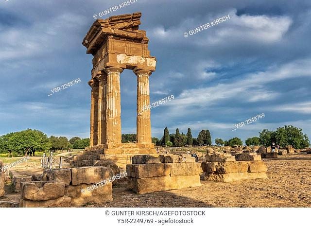 The Temple of Castor and Pollux, Tempio di Castore e Polluce, was built in the 5th century BC. The temple belongs to the archaeological sites of Agrigento