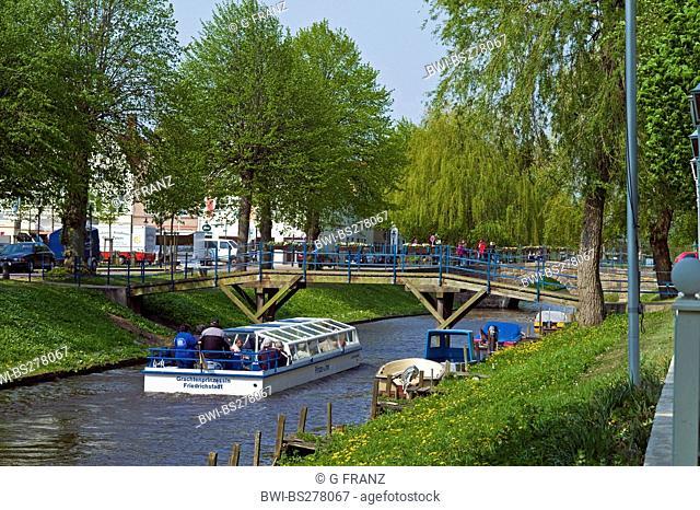 canal cruise, Germany, Schleswig-Holstein, Northern Frisia, Friedrichstadt