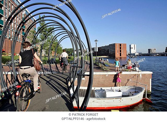 BRIDGE DESIGNED BY GUY ROMBOUTS AND MONIKA DROSTE, JAVA EILAND, AMSTERDAM, NETHERLANDS