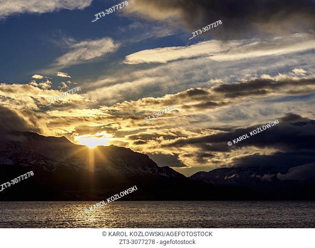 General Carrera Lake at sunrise, Puerto Rio Tranquilo, Aysen Region, Patagonia, Chile