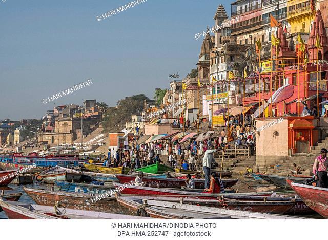 Dasaswamedh ghat, varanasi, uttar pradesh, india, asia