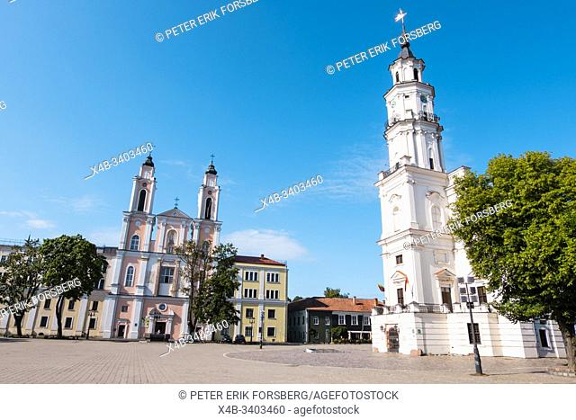 Jesuit church and Town Hall, Rotuses aikste, town hall square, old town, Kaunas, Lithuania