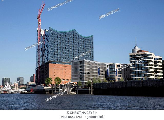 Harbour tour in Hamburg: HafenCity and the Elbphilharmonie