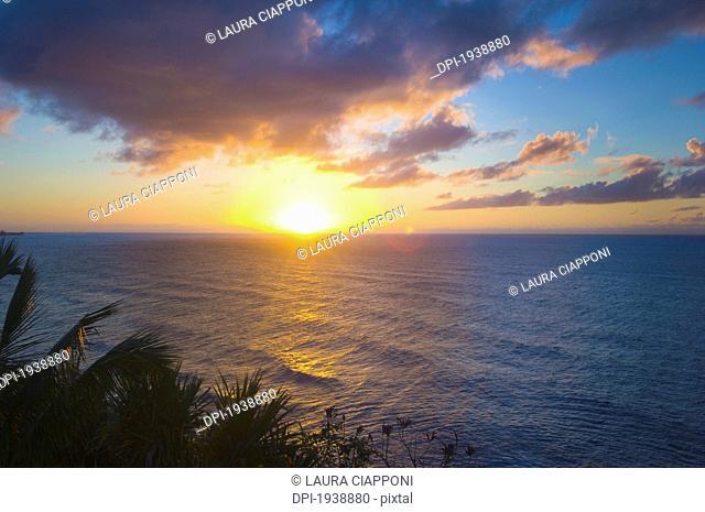 sunset over the ocean, princetown kauai hawaii united states of america
