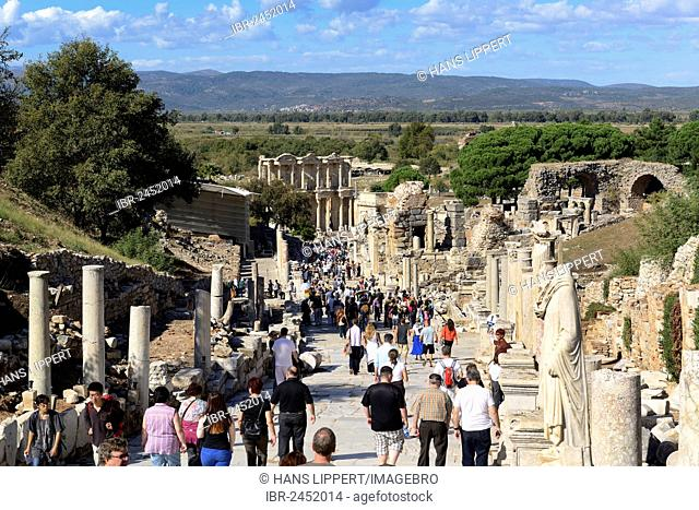 Cureten Street with the Library of Celsus, ancient city of Ephesus, Efes, UNESCO World Heritage Site, Aegean Sea, Turkey