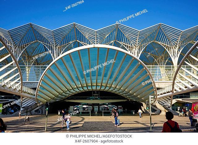 Portugal, Lisbon, Parque das Nações, Park of Nations, Gare do Oriente or Oriente railway station, designed by par Santiago Calatrava and built by Nesco for the...