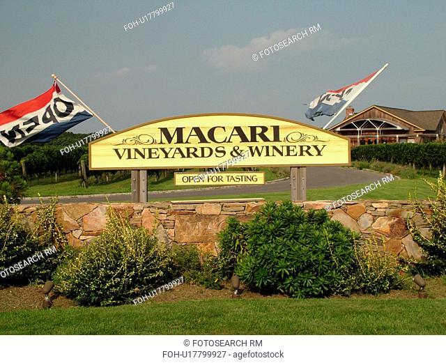 Mattituck, NY, Long Island, New York, Macari Vineyards and Winery, entrance