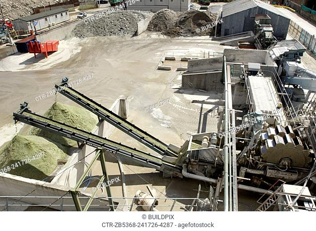 Glass recycling machine at Day Aggregates, a construction materials and recycling plant, Greenwich, South-East London, UK