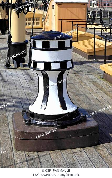 Old Ships Capstan