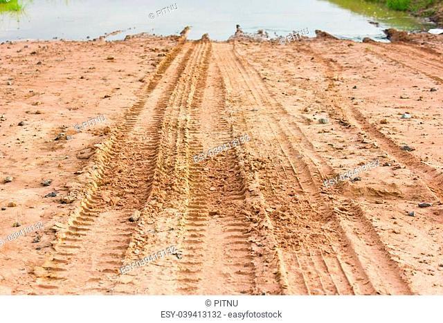 Wheel tracks to water