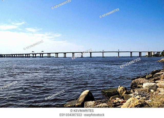 Fuller Warren Bridge is a prestressed concrete girder bridge that carries I-95 across the St. Johns River in Jacksonville, Florida