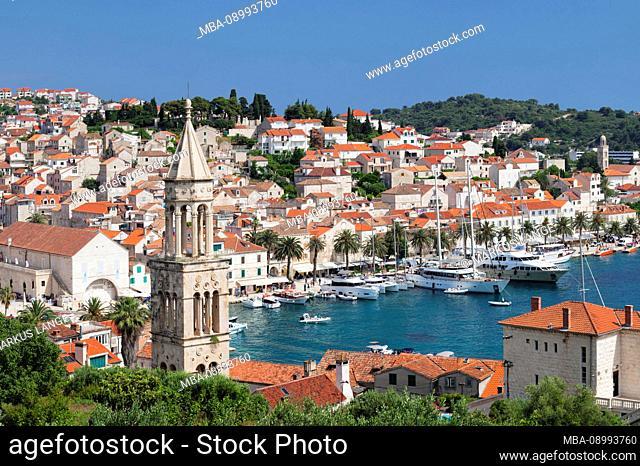 View from the church Sv.Marko to the Stefansplatz with cathedral Sveti Stjepan and the harbor, Hvar, island Hvar, Dalmatia, Croatia