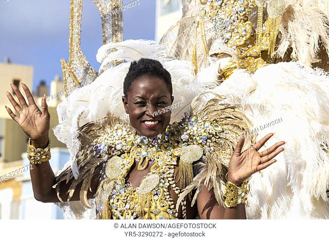 Las Palmas, Gran Canaria, Canary Islands, Spain. 9th March, 2019. Carnival Queens ride on floats as the month long carnival in Las Palmas on Gran Canaria ends...