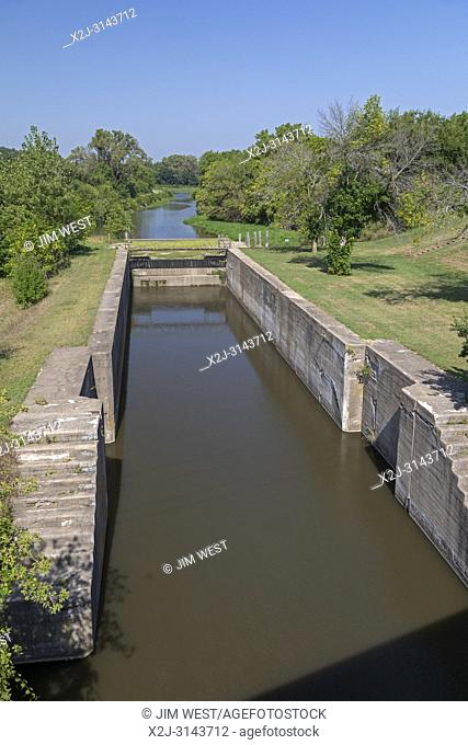 Wyanet, Illinois - Lock 19 on the Hennepin Canal. The canal was completed in 1907 to link the Illinois and Mississippi Rivers