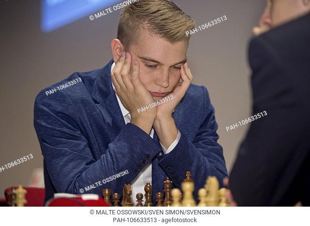 Vladislav KOVALEV, Belarus, Weivuruvuland, BLR, First matchday of the Sparkassen Chess-Meeting 2018 on 14.07.2018 in Dortmund, ¬ | usage worldwide