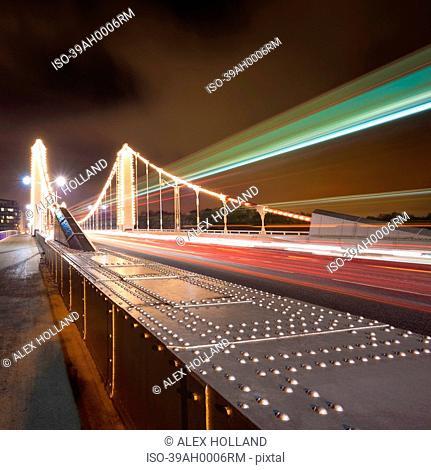 Time lapse view of Chelsea Bridge