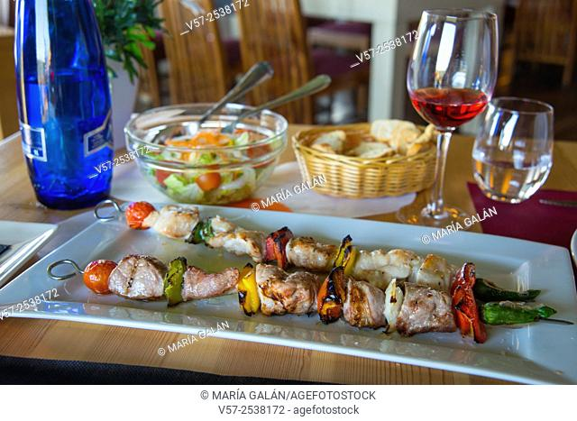Brochette with meat and vegetables